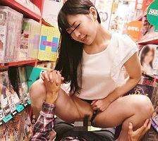 エロビデオ店に入ってきた綺麗なお姉さんの桃尻に勃起チンポを押し付けてみた結果・・・セックスさせてくれたっ!! 【tube8】