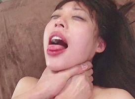 【七海ゆあ】 可愛らしい娘のクチマンコを滅茶苦茶にする! 涙を流してもピストンを止めない激イラマチオ!! 【tube8】