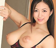 【佐倉ねね】 グラマラススケベボディのデリヘル嬢が風呂場でパイズリご奉仕! 【tube8】