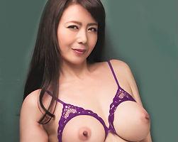 【三浦恵理子】 若い肉棒をハメることしか考えていない女教師、教え子のチンポから精子を搾り取る!! 【tube8】