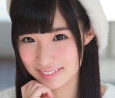【栄川乃亜】 小柄で童顔の激カワ美女が中年オヤジたちと3Pセックスで何度も絶頂! 【tube8】