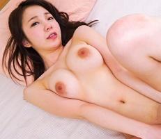 Fカップ巨乳グラビア系エロボディの美女がAVデビュー! 恥じらう姿は必見!! 【tube8】