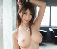 Iカップ巨乳クビレボディのお姉さんが素人男性宅に訪問してセックスしちゃう!! 【tube8】