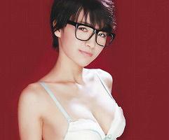 ショートカット激カワ女子校生はツンデレ! 眼鏡をかけててクールそうに見えてもエッチは大好き!! 【tube8】