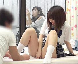 (モニタリング)彼女の妹と彼氏が密室でエッチなチャレンジ! お互いを意識してエッチまでしてしまうのか!? 【tube8】