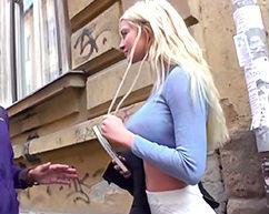 街で見つけた爆乳ロシアン美女をナンパ! ホテルに連れ込んで生ハメ激ピストンファック、生中出し!!