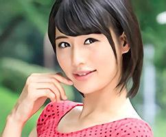 長身スレンダーの激カワセクシー女優がファンの素人男性宅に訪問、痴女プレイでご奉仕しちゃう!!