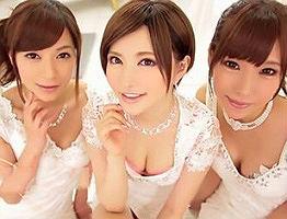 淫乱で美人なお姉さんたち3人がご奉仕してくれる高級ソープランド、ハーレムプレイ!!