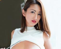 チンポが大好きな褐色肌の淫乱美熟女・・・快楽を貪る濃厚セックス!!