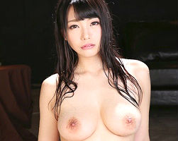 巨乳クビレボディの美少女が一心不乱にチンポに貪り尽く濃密汗だくセックス!