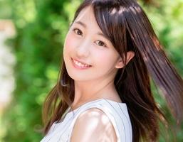 透明感抜群、清楚系美少女が親孝行するためにAVデビュー!