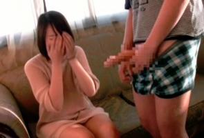 韓国娘に日本人のデカチンを見せつけてセンズリ鑑賞させるw