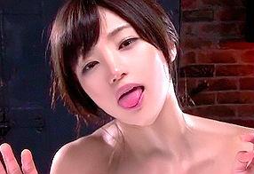 元グラビアアイドルの激カワ巨乳美女が魅せるベロキス性交!!