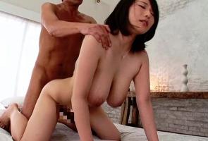 Kカップ爆乳美女の膣奥を激ピストンで犯す、濃密セックス!!