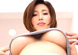 ショートカット巨乳美女の「胸の性感帯」を開発! 男優に何度も胸の性感帯を刺激されてイキまくる!!