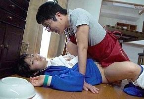 【浅田結梨】 学校帰りのウブそうな女子校生を拉致して中出しレ〇プする変態鬼畜男 【tube8】