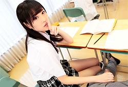 【橋本ありな】 ロッカールームで体育教師と声我慢しながらエッチする激カワ女子校生 【tube8】