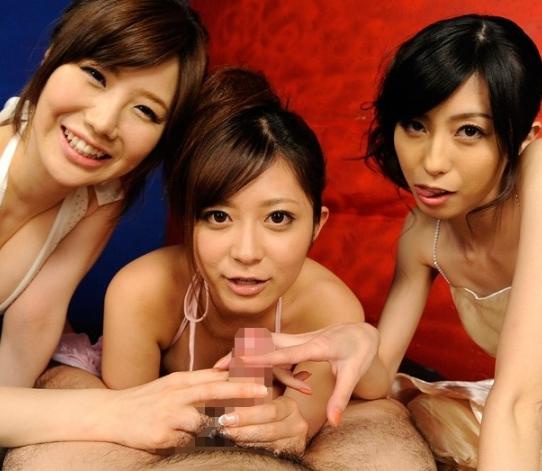 3人の痴女に 乳首とチンポ責められる【さとう遥希 乃亜 森ななこ】