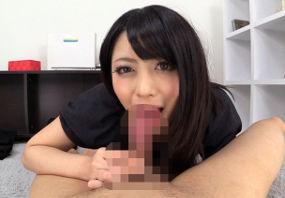 【桜井あゆ】M男チ●ポを乳首責めフェラで美味しそうにしゃぶり尽くします!