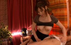 【森ななこ】巨乳回春エステ嬢が優しく乳首舐め手コキで抜いてくれる。