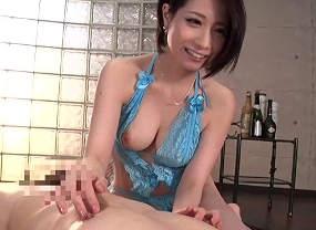 【鷹宮ゆい】淫語が豊富な関西弁痴女の乳首舐め手コキ抜き!射精後にもお楽しみが・・