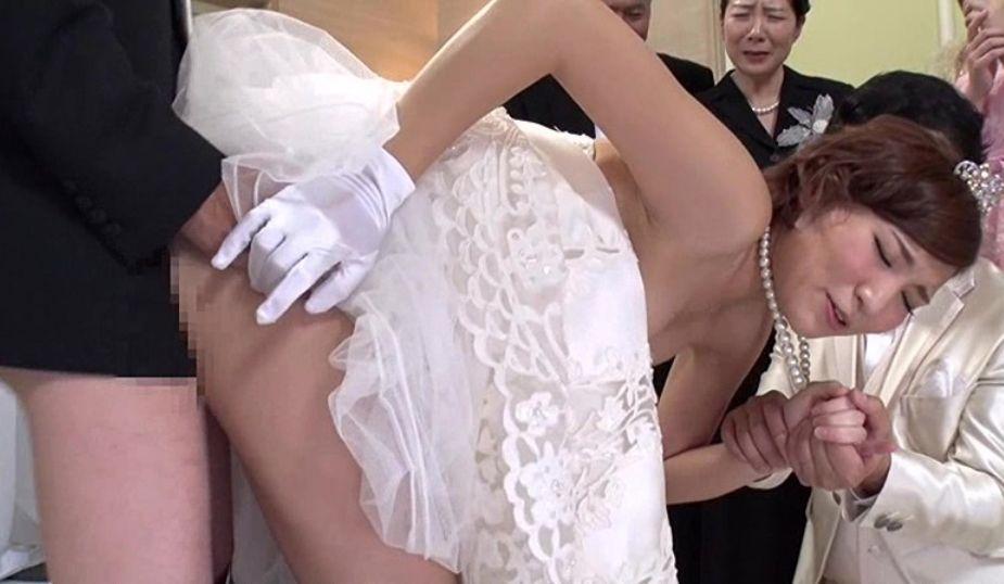 めでたい結婚式は中出しザーメン増し増しでお祝いしましょう!夏希みなみ 村上涼子 夏海花凛 大石忍 浜本まり
