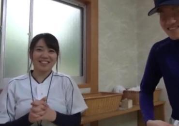 恋愛禁止のルールを破って・・野球部主将と巨乳女子マネが賞金欲しさに混浴素股チャレンジ!!!