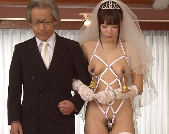 悪魔の離婚式&結婚式開宴…裸より恥ずかしい純白のウエディングドレスで号泣!浜崎真緒 川上ゆう