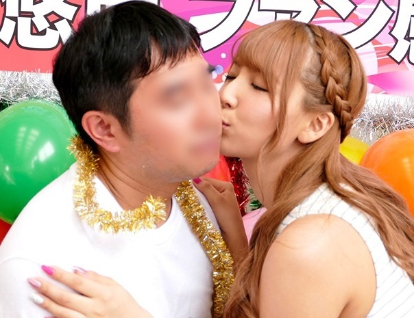 【芸能人】「握手どころかSEXまでww」元S●E48のアイドルとファン感謝祭で素人男性歓喜の企画物♪【三上悠亜】
