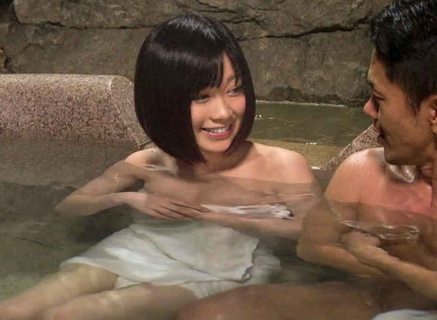【NTRドキュメント】『大好きな彼女が他の男とSEXするところが見たい』彼氏の依頼で一人温泉にいる彼女をイケメンがガチ口説き!