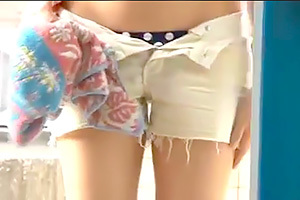 【マジックミラー号】彼氏と遊びに来たショーパン美少女をマッサージで寝取る!