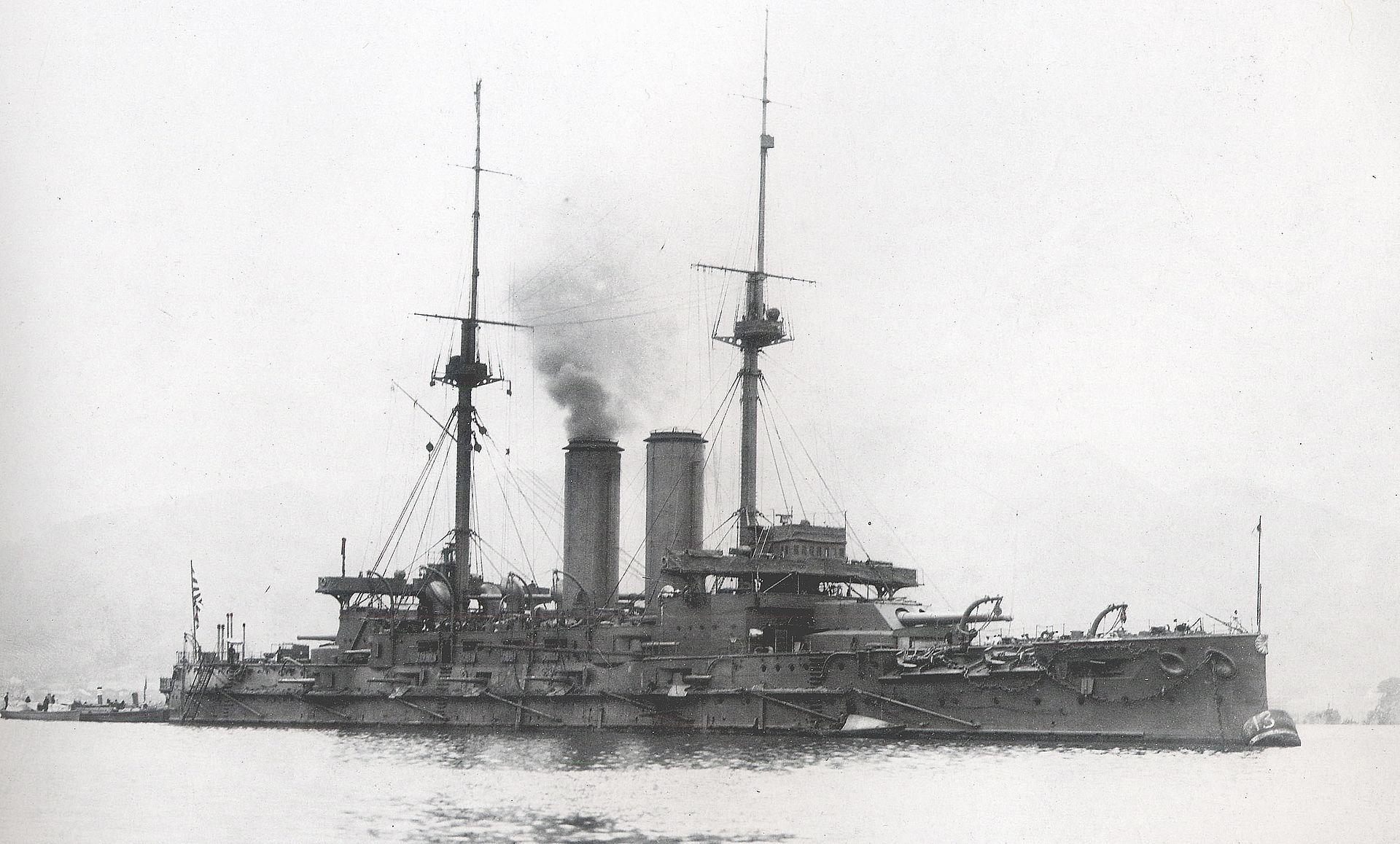 呉に入港した三笠、1905年2月