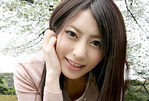 桜井あゆ 色気たっぷりのエロ可愛い若妻をGETして即ハメ!