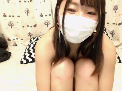 【無修正】童顔の黒髪美少女がウェブカメラの前で全裸オナニーLIVE