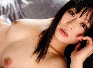 【無修正】羽月希 訪問販売員を誘惑してザーメン絞りとる淫乱美女