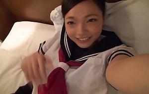 【無修正】和登こころ 童顔の制服美少女をホテルで中出しハメする個人撮影