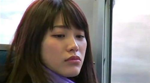 【ヘンリー塚本】刑務所帰りの若い女が昔の仲間とのセックスに溺れる春原未来
