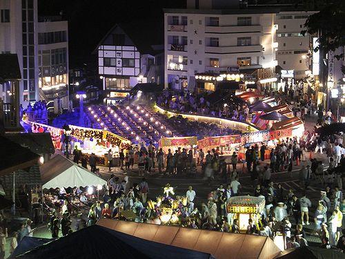20170718草津温泉白根神社の祭り。湯畑1