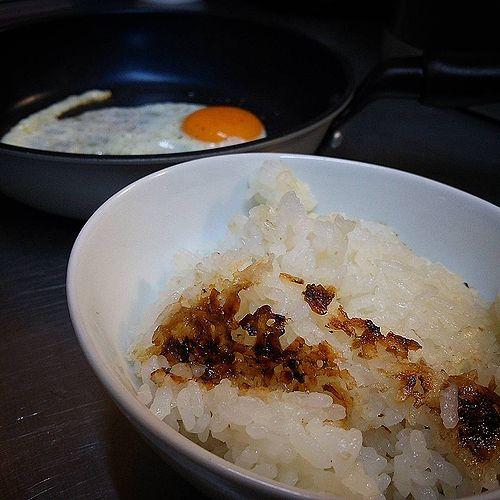 20170817草津温泉民泊花栞(はなしおり)おこげの付いたご飯