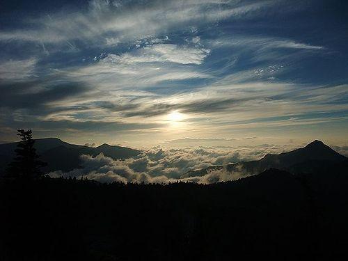 横手山ドライブインの雲海1