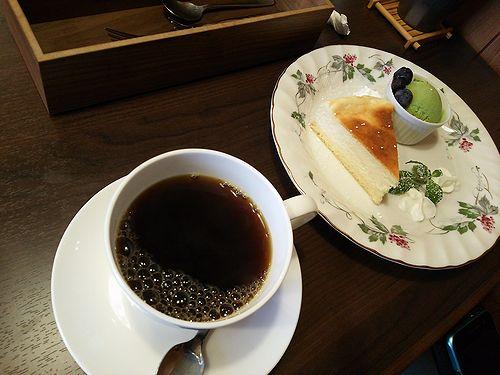 20171205草津温泉カフェ花栞(はなしおり)スイーツメニュー、チーズケーキ2