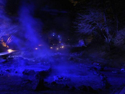 20171127草津温泉、西の河原公園のライトアップと足湯2