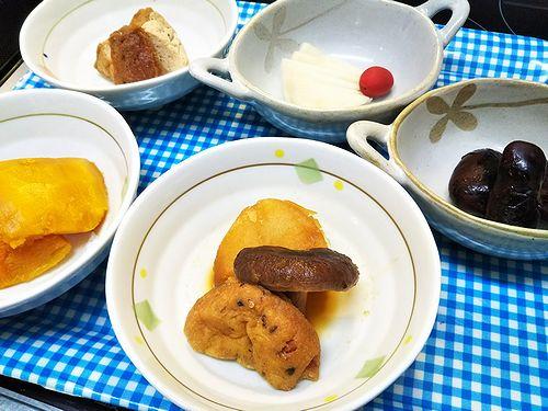 20180227草津温泉民泊施設花栞(はなしおり)宿泊のお客様の朝食、惣菜