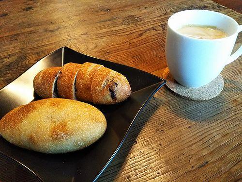 2080329草津温泉森の中のパン屋さんこごみパン3