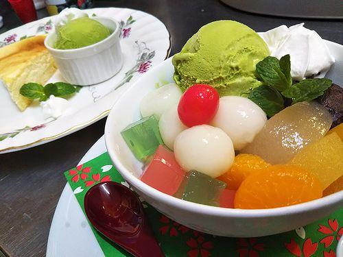 20180502草津温泉カフェ花栞(はなしおり)スイーツメニュー。白玉クリームあんみつ、チーズケーキ
