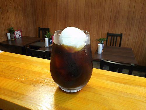 草津温泉カフェ花栞(はなしおり)コーヒーフロート