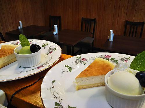 20180708草津温泉カフェ花栞(はなしおり)チーズケーキ