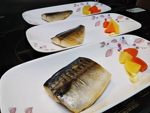 20180818草津温泉民泊花栞(はなしおり)宿泊のお客様の朝食のサバ (2)