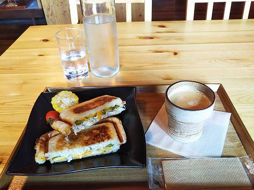 20180829草津温泉のパン屋さん、こごみパンkogomipain (3)