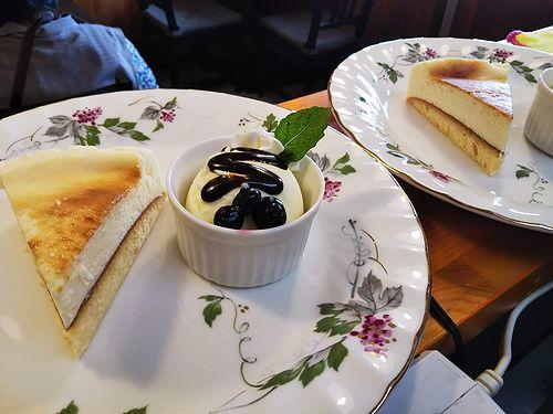 20180907草津温泉カフェ花栞(はなしおり)チーズケーキ